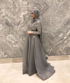 best Ideas for dress hijab gowns modest fashion Hijab Prom Dress, Hijab Gown, Hijab Evening Dress, Hijab Style Dress, Hijab Wedding Dresses, Prom Dresses, Muslim Fashion, Modest Fashion, Hijab Fashion