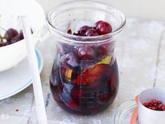 Pfeffer-Kirschen ist ein Rezept mit frischen Zutaten aus der Kategorie Kompott. Probieren Sie dieses und weitere Rezepte von EAT SMARTER!