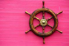 East Coast Beach House - Captains Wheel
