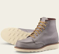 Patterned after Red Wing's iconic work boot – the 875, the 6-inch Moc is completely rebuilt for women. The 3375 is lightweight, comfortable and tough, and features Goodyear welt construction, a polyurethane Traction Tred outsole and premium, Red Wing Oro-Legacy leather. THE HISTORY BEHIND THE STYLE: Originally designed and built to withstand the daily rigors of the work day on the farm and in the factory. The lightweight crepe sole featured a minimal tread design to reduce the mud that would…