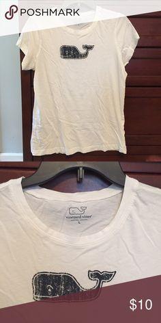 Vineyard Vines Tshirt White Vineyard Vines T shirt with navy whale logo. Back is plain white. Vineyard Vines Tops Tees - Short Sleeve