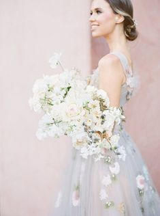 White Wedding Bouquet for a neutral wedding