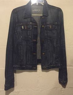 e7fd6df144e Gap 1969 Jean Jacket Size Medium M Destroyed Distressed Denim in Clothing