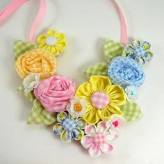 adorable gingham flower necklace - PDF pattern for purchase from aSundaygirl--Etsy
