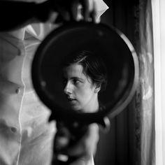 vivian maier(1926-2009), self portrait, 1955 http://www.vivianmaier.com/portfolios/self-portraits/