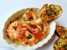Aperitive festive - simonacallas Cream Cheese Wontons, Sushi, Reindeer Food, Food Design, Starters, Shrimp, Seafood, Food And Drink, Health Fitness