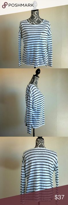 :VINCE. Striped black/white linen long sleeve Pre-worn gently worn gently used.  Measurement laying flat total length 23 1/2inches Measurement laying flat armpit to armpit 21 3/4inches Vince Tops Tees - Long Sleeve