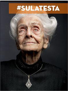 """Nella vita non bisogna mai rassegnarsi, arrendersi alla mediocrità, bensì uscire da quella """"zona grigia"""" in cui tutto è abitudine e rassegnazione passiva, [...] bisogna coltivare [...] il coraggio di ribellarsi.  Rita Levi Montalcini @ricominciadate #sulatesta"""