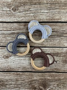 Bear Ears Teething Ring pattern by Adele Daisy Crochet Crochet Bear Ears Teething Ring Pattern. Crochet Baby Toys, Newborn Crochet, Crochet For Kids, Baby Knitting, Crochet Daisy, Knitted Baby, Crochet Crafts, Crochet Projects, Crochet Rings