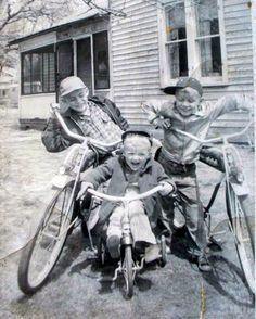 Great 50's kids on bikes.