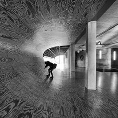 Concrete in motion. Rem Koolhaas design for the Educatorium, Utrecht.