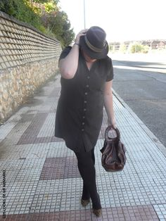vestido-marron-festa-los-looks-de-mi-armario-blogger-madrid-blogger-curvy-talla-grande-plus-size-ropa-XL-ropa-festa-personal-shopper-madrid-look-marron-chocolate-01