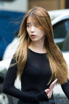 "Top 10 Sexiest Outfits Of IU - These sweaters of hers that outline her perfect figure.Latest KPop News for all KPop fans!""Do you prefer with long hair or short hair? RT for long hair, fav for short hair! Cr: on photo - admin derek""Hottest and Sex Korean Women, Korean Girl, Korean Beauty, Asian Beauty, Sexy Outfits, Korean Celebrities, Celebs, Sexy Posen, Beautiful Asian Women"