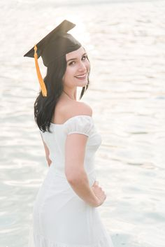 University of Central Florida graduation photo at sunset! Graduation Picture Poses, Graduation Portraits, Grad Pics, Graduation Pictures, Cap And Gown Pictures, College Graduation, Central Florida, Dentistry, University