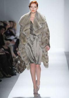 Runway / Dennis Basso / New York / Herbst 2012 / Kollektionen / Fashion Shows / Vogue