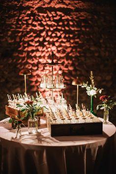 brindisi matrimonio con latte e biscotti Fall Wedding, Diy Wedding, Wedding Cakes, Wedding Color Schemes, Wedding Colors, Wedding Ceremony Decorations, Table Decorations, Groom And Groomsmen Attire, Unique Weddings