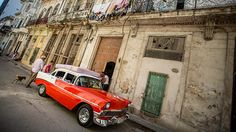 On this 14 day Cuba photo tour, we travel the eastern half of the island with from Havana to Baracoa. Learn photography while on a Caribbean vacation. Photography Articles, Photography Tours, Photography Tutorials, Landscape Photography, Photography Competitions, Photography Classes, Digital Photography School, Caribbean Vacations, Best Portraits