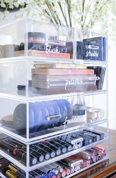 Acrylic stacking drawers are our go-to resolution for make-up. , Acrylic stacking drawers are our go-to resolution for make-up. Acrylic stacking drawers are our go-to resolution for make-up. Diy Makeup Organizer, Makeup Organizing Hacks, Organizing Ideas, How To Organize Makeup, Organising, Shoes Organizer, Organizing Labels, Makeup Hacks, Hair Hacks