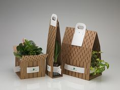How to Use Eco-Friendly Cardboard Boxes to Delight Your Customer? - As an association, one of your commitments is to find the right packaging for pressing and conveyan - Vegetable Packaging, Fruit Packaging, Flower Packaging, Food Packaging Design, Gift Packaging, Product Packaging Design, Smart Packaging, Packaging Boxes, Fruit Box