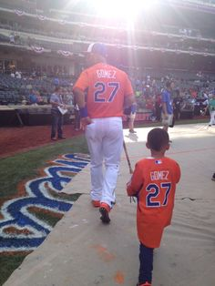 #BigLeagueDads. Carlos Gomez and his son at the 2013 All-Star Game. :) Carlos is a good dad!!