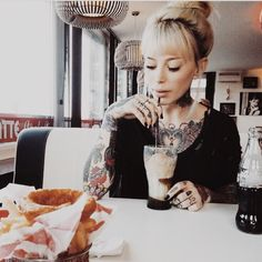 #breakfast#tattooed#ink#girl#love