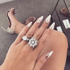Ok can we all just take a minute and this perfect chrome manicure and pedicure done for the absolute beauty @laurabadura at our northcote road store! This is not extentions just a perfect manicure on natural nails. Get this look now girls #Naildit #wenaildit #nails #chromenails #nails #londonnailbar #uknailbar #longnails #laurabadura #baduratwins