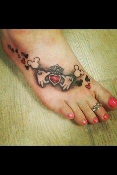 30 Disney tattoos that will enchant you - . - 30 Disney tattoos that will enchant you - Mickey Tattoo, Mickey Mouse Tattoos, Disney Tattoo Motive, Disney Foot Tattoo, Wrist Tattoos, Foot Tattoos, Body Art Tattoos, Tattos, Claddaugh Tattoo