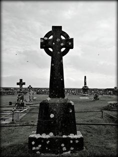 Celtic Cross - Rock of Cashel Graveyard - Tipperary, Ireland - Jon Lander ©2016