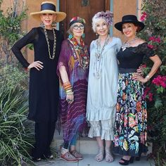Orange County friends, @sin60style @colleen_heidemann @suziclick @gschields @irene_coyazo and I will be signing books at the @chemersgallery Holiday Sale today in Tustin, CA starting at 11 this morning. Join us at 1pm for a panel discussion on aging and style! We hope to see you there #advancedstyle #advancedstyleolderandwiser
