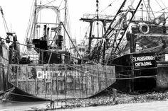 Old ships for scrap, Karnaphuli (Karnafuli) River, Chittagong, Bangladesh, Indian Sub-Continent, Asia