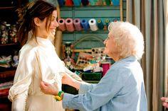 Um vestido de noiva é simplesmente um vestido. Como assim?!?! É, ué, um vestido. O mais importante vestido da sua vida, mas é uma roupa e só. E como toda e qualquer peça de vestuário, o caimento,…