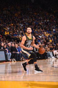 62 Super Ideas For Basket Ball Players Stephen Curry Stephen Curry Shirts, Nba Stephen Curry, Stephen Curry Basketball, Nba Players, Basketball Players, Basketball Quotes, Basketball Funny, Stephen Curry Wallpaper, Curry Warriors