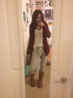 Love this outfit for like finals day