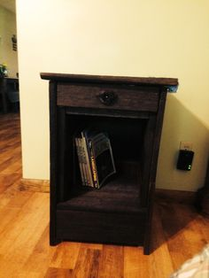 End table from reclaimed barn wood