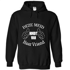 Deze meid houdt van haar vriend T Shirt, Hoodie, Sweatshirts - silk screen #fashion #clothing