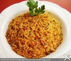 Chefkoch.de Rezept: Griechischer Tomatenreis. Not a German recipe...but in German language