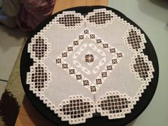 Hardanger Embroidery, Doilies, Ems, Needlework, Farmhouse Rugs, Tablecloths, Squares, Hand Embroidery, Hands