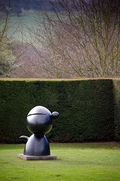 Miro in Yorkshire: Miro Exhibition at Yorkshire Sculpture Park - Personnage, 1974