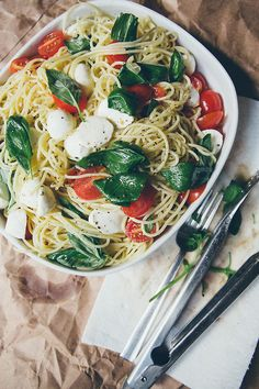 Spaghetti with Tomatoes, Fresh Mozzarella, and Garlic Oil. #food