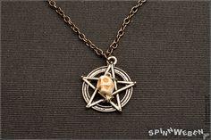 Neu Gothic Totenschädel  Halskette Anhänger Metall von SpinnWeben