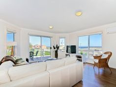 Book this holiday house in Fleurieu Peninsula: HomeAway ID 3865506 Sleeps: 8 (B1: Queen, B2: Queen, B3: Queen, B4: Single & Trundle Bed) Relax and indulge yourself in one of the newest holiday homes in Aldinga Beach. Located just one street off the Esplanade you will be able to enjoy the ocean view from this contemporary home and have all the luxuries to have an enjoyable holiday. If you're looking for that romantic weekend away or the long overdue catch...