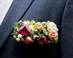 Unique Bar shaped boutonnière/pocket square