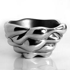 Bowl - Wound up Africa Art, African Design, Metal Art, Art Boards, Pottery, Heart, Decor, African Art, Ceramica