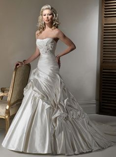 Satin Strapless Rouched Bodice With A Line Asymmetrical Pick Up Skirt 2012 Hot Sell Corset Bridal Wedding Gowns