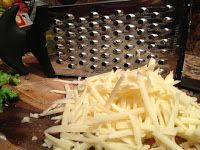 Around the Table: Loving Food in RI & Beyond : Cheesy Quinoa Mac & Cheese