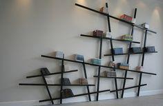 Mikado-boekenkast.
