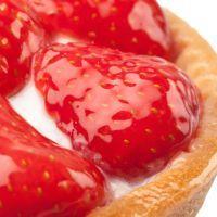 Strawberries, lemon, graham cracker crust
