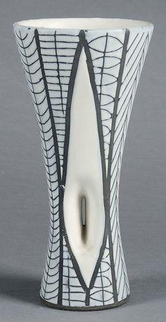 "ROGER CAPRON (1920-2006) decors vase diabolo ""scarification"" Black and White Glazed earthenware Signed Between 1953 and 1965 cm H_31 D_14 cm"