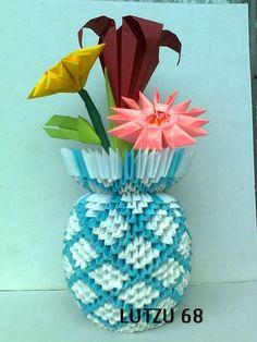 origami vase… – Album – Lutzu – Page 3659 Origami Vase 3d, Origami Artist, Paper Crafts Origami, Paper Vase, 3d Paper, Modular Origami, Quilling Art, Xmas Decorations, Hama Beads