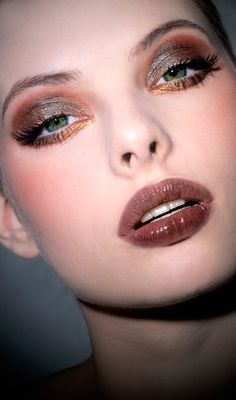 Maquillage artistique Real Techniques -$10 https://www.youtube.com/watch?v=cm3dTN1RFd8 #Maquillage #Maquillageartistique #Pinceauxdemaquillage #pinceauxrealtechniques #realtechniquespinceaux #RealTechniquesfrance #realtechniques